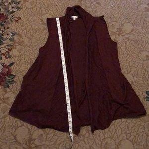 Pretty light sweater vest xl perfect length